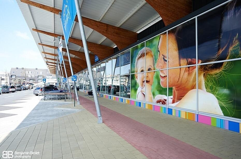 V-Mart Brugge foto 5